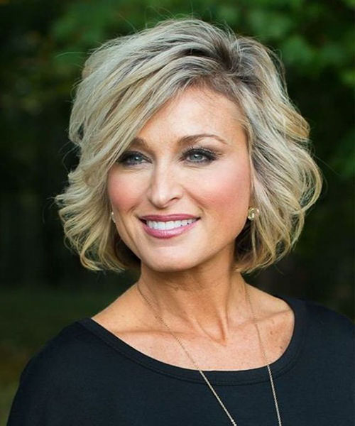 Best Hairstyles For Women Over 40