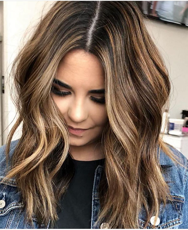45 nice medium length hairstyles for women of all ages